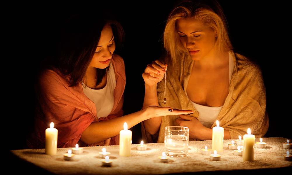 виды гадания, на свечах, по руке, маятником