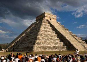 Равноденствие в Мексике, змей солнца