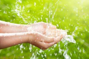 омывание водой в великий чистый четверг